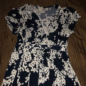 Merona navy and white flower tie waist dress small